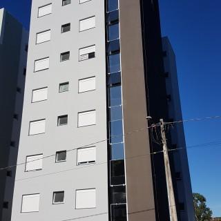 Apartamento novo no Bairro Três Vendas com  01 suite +02 dormitórios !