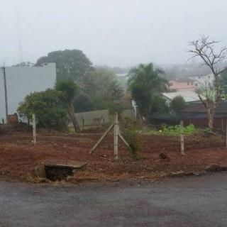 Terreno de Esquina Parque Lívia De: R$ 175 Mil Por: R$ 140 Mil