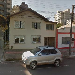 Casa Central 2 pisos possibilidade comercial - Erechim RS