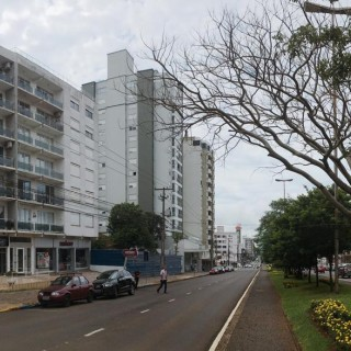 Apartamento Central semi-mobiliado