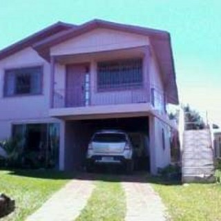 Casa 2 pisos bairro Ceramica em Erechim RS