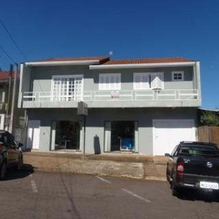 Casa Dois Pisos Central