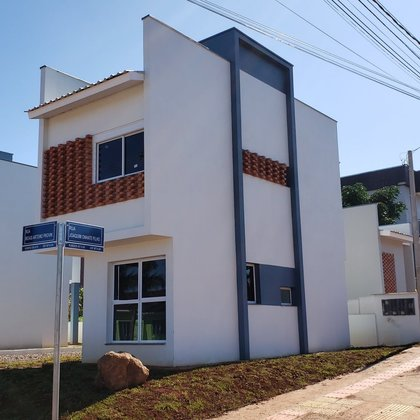 Casa Moderna !